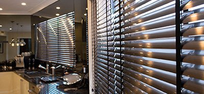 manhattan venetian blind