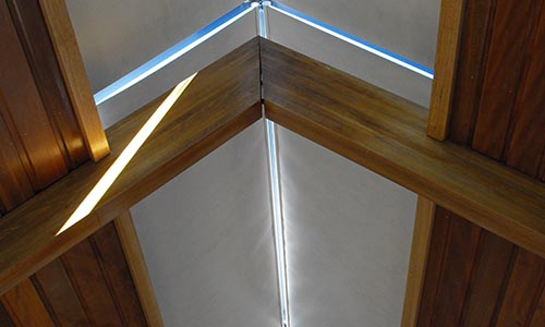 closing skylight blinds