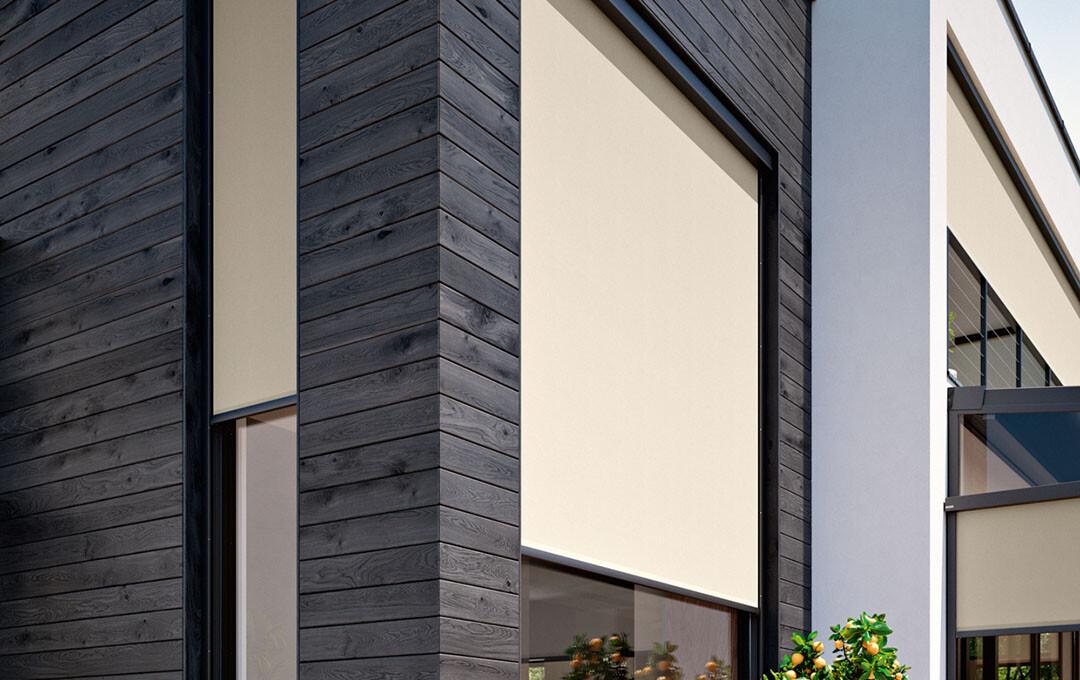 vertical exterior roller blind 01